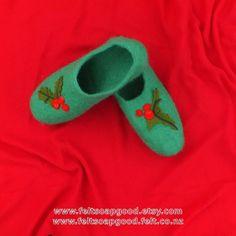 Christmas Present Felt Slippers Felted slippers Felt Wool House Shoes New Zealand wool Gift For him Gift For her FeltSoapGood Etsy