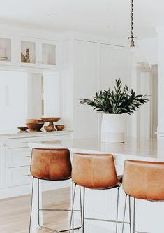White Kitchen Renovation – Home Renovation Kitchen Design Color, Interior, White Kitchen Renovation, Kitchen Remodel, Interior Design Kitchen, Home Kitchens, Kitchen Style, Kitchen Renovation, Kitchen Design