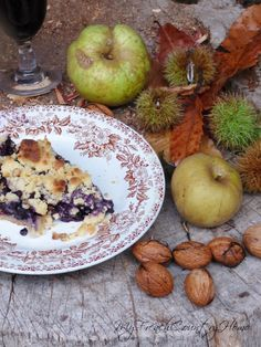 Blackberry crumble. Sounds very easy and so delicious.
