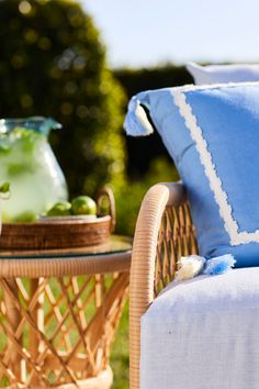 How to Find Your Ideal Outdoor Furniture Outdoor Rugs, Outdoor Chairs, Outdoor Living, Outdoor Furniture, Outdoor Decor, Living Furniture, Find Furniture, Living Room Sofa, Striped Cushions