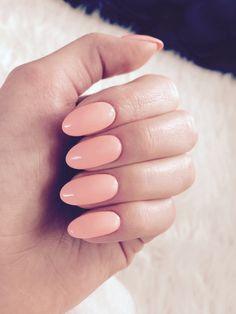 @pelikh_My first hybrid nails :) Semilac Sleeping beauty. #semilac