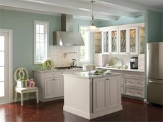 Why Hire a Kitchen Designer - Kitchen Ideas - Remodeling Considerations - HomePortfolio