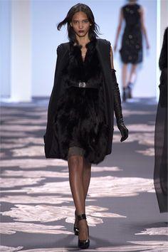 Sfilata Vera Wang New York - Collezioni Autunno Inverno 2013-14 - Vogue