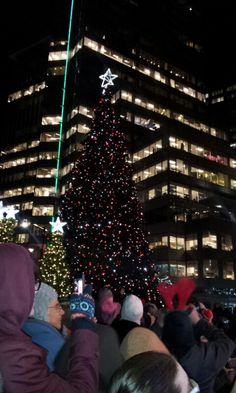 Christmas lighting up in Vancouver dt