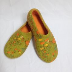 Women house shoes, Felted wool slippers, woolen clogs, handmade slippers Gift for her   Winter SALE -15% OFF for all items in my store with coupon code WINTER15 until 28 of February    Tsese women felted wool slippers are handmade using only natural products and materials- organic sheep wool, warm water and soap. They are soft, warm and comfortable for your foots. Wool slippers will let your feet skin breathe, because these slippers are made using only natural produkts and are completely…