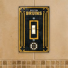 The Memory Company Boston Bruins Art Glass Switch Cover