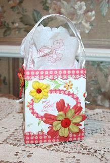 DIY Easy Gift Bags