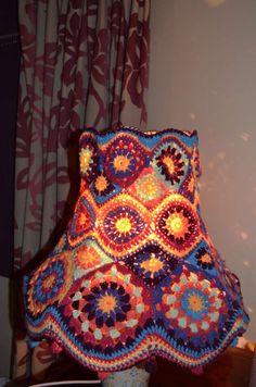 Crochet Lampshade, Cosy Corner, Gypsy Wagon, Lamp Shades, Diy Crochet, Easy Projects, Handicraft, Decoupage, Upcycle