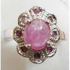 5.070 Grms. 925 Sterling Silver with African Ruby