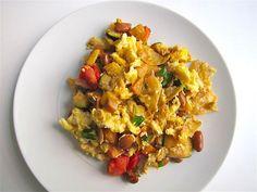 Tex Mex Migas: Soft Eggs and Veggies With a Tortilla Chip Crunch
