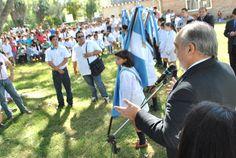 Inauguró mejoras y ampliación: Colombi primer gobernador en visitar en 106 años la escuela 426 de Lavalle #ArribaCorrientes