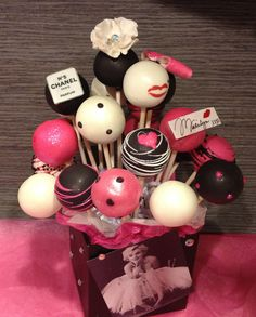Marilyn Monroe cake pops by HAUTEPOPCOUTURE