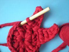 mi mundo de la lana: tutorial como hacer una estrella con trapillo