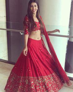 Embrace Your Wedding Day With A Beautiful Designer Bridal Lehenga Sabyasachi Lehenga Cost, Red Lehenga, Bridal Lehenga Choli, Indian Lehenga, Indian Gowns, Party Wear Lehenga, Lehenga Wedding, Pakistani Dresses, Anarkali