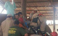 Helicóptero é acionado para resgatar operário acidentado - Bombeiros tentam resgatar o encarregado de uma olaria, na entrada de Nova Alvorada do Sul, distante 120 quilômetros de Campo Grande, identificado apenas como Tarson, de 36 anos, que sofreu um acidente às 11h.    Ele teve o pé prensado, que corre risco de ser amputado, em uma das máquinas da empresa e os bombeiros de Campo Grande foram acionados na manhã desta terça-feira (28) para ajudar no resgate. Foi necessária a presença do…