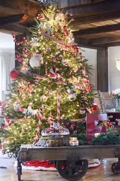 Holiday Home Tour Day 3 Lucysinspired Gorgeous Tree Love
