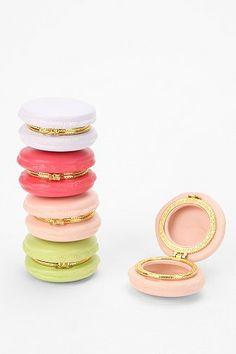 Love these macaron trinket boxes!