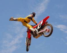 2006 Jeremy McGrath Invitational: Dirtbike,Trails & Events : Supercross with a twist or just cool racing and a freestyle show It depends on who you ask and how Bumper Hitch, Mx Bikes, Atv Riding, Sport Icon, American Sports, Used Boats, Dirtbikes, Motocross, Bicycle