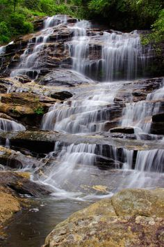 Discover Glen Falls in Highlands NC - waterfall in Nantahala National Forest. Nc Waterfalls, North Carolina Waterfalls, Beautiful Waterfalls, North Carolina Mountains, Nc Mountains, North Carolina Vacations, Highlands Nc, Glens Falls, Mountain Waterfall