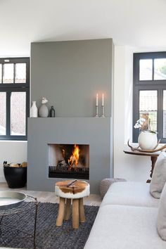 Cozy Corner Fireplace Design Ideas in the Living Room Home Fireplace, Cozy Fireplace, Home And Living, Interior Design, House Interior, Home, Interior, Living Room With Fireplace, Corner Fireplace