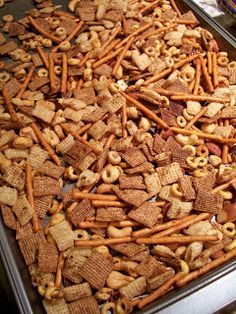 Brooke Bakes : Nuts & Bolts Snack Mix - Food And Drinks Trail Mix Recipes, Snack Mix Recipes, Peanut Recipes, Snack Mixes, Yummy Recipes, Christmas Snacks, Christmas Cooking, Christmas Apps, Christmas Punch