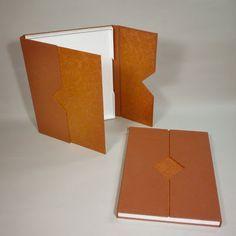 Acerca del Encuadernación: Individual bandeja de la caja