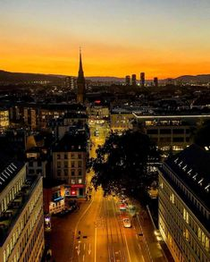 What's On In Zurich Beginning of October 2018 - things to do, events, exhibitions, new launches, new products Dreamy Photography, Travel Photography, Switzerland Travel Guide, Hotels, Restaurant, Photography Projects, Zurich, Beach Pictures, Cool Places To Visit