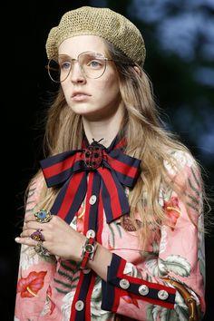 Gucci s/s16 - brooch