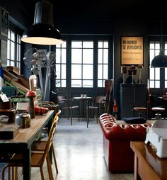 Vintage Industrial Furniture, Industrial Chic, Industrial Lamps, Industrial Living, Industrial Interiors, Industrial Industry, Industrial Bookshelf, Industrial Design, Made Design