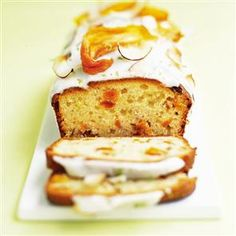 Mango and lime yogurt cake
