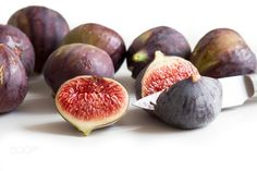 Fresh figs by karisamail
