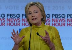 Nonverbal Communication Analysis No. 3681: Hillary Clinton's Low Transparency - Body Language & Emotional Intelligence (PHOTOS)  http://www.bodylanguagesuccess.com/2016/09/nonverbal-communication-analysis-no_2.html