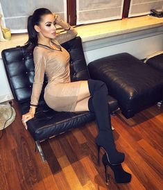 Get the sukienka boho mini is made from high-quality materials to give you an optimum casual look. Thigh High Boots, High Heel Boots, Heeled Boots, Brunette Girl, Sexy Boots, Womens High Heels, Cosmopolitan, Fashion Photo, Dress Fashion