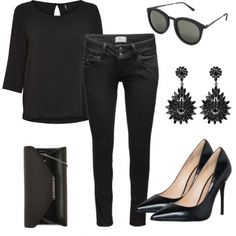 Abend Outfits: AllBlack bei FrauenOutfits.de