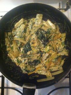 Chard sautéed with garlic and cream Marmiton cooking recipe: a Diner Recipes, Meat Recipes, Vegetarian Recipes, Chicken Recipes, Cooking Recipes, Healthy Recipes, My Best Recipe, Healthy Drinks, Vegetable Recipes