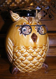 Vintage Ceramic Owl Bank by kandyskeepsakes on Etsy, $6.99