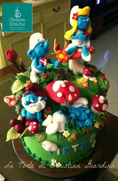 """Smurfs, lovely smurfs"" - by christiangiardina @ CakesDecor.com - cake decorating website"