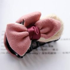 Bow-Accent Hair Clamp PInk - One Size Best Jewelry Stores, Wholesale Jewelry, Clamp, Gemstone Jewelry, Bows, Gemstones, Pink, Hair, Accessories