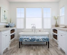 The post These 50 Bathrooms Are The Next Best Thing To A Personal Spa 50 Best Freestanding Tubs & Pictures of Stylish Freestanding Soaking Bathtubs appeared first on Anime Teulia. Bathroom Remodel Cost, Bathtub Remodel, Bathroom Renovations, Home Remodeling, Stand Alone Tub, Small Bathroom Sinks, New Toilet, Soaking Bathtubs, Maker
