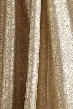 Anthropologie curtains Taking into consideration to bedroom furnishings strategies, several things bring core stage. Wave Curtains, Gold Curtains, Gold And White Curtains, Living Room Decor Curtains, Bedroom Decor, Bedroom Windows, My Living Room, Living Room Interior, Anthropologie Curtains