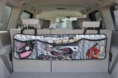 car organizer from Clever Container! awesome idea car organizer from Clever Container! Organizer Auto, Car Organizers, Pocket Organizer, Sew Organizer, Car Trunk Organizer, Car Boot Organiser, Hanging Organizer, Trunk Organization, Car Hacks