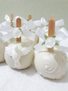 Resultado de imagem para maças decoradas batizado