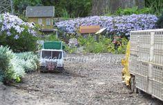 Our G-Scale Garden Train Set - www.gscaletrain.blogspot.ca