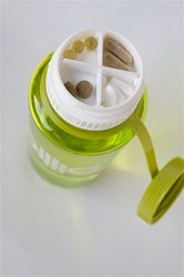 Cool shaker with supplement compartment