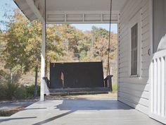 elvis' house, tupelo - porch