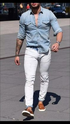 white jeans outfit men- how to style white jeans Trendy Mens Fashion, Mens Fashion Suits, Stylish Men, Men Casual, Casual Jeans, Boho Fashion, Lässigen Jeans, Outfit Jeans, White Jeans Outfit Mens