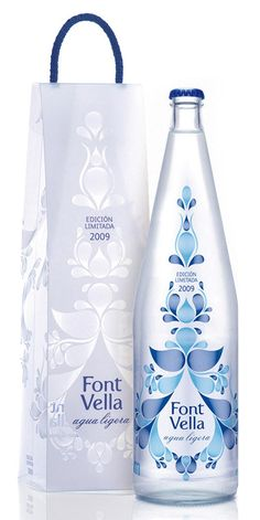 Font Vella Premium Water. Packaging.