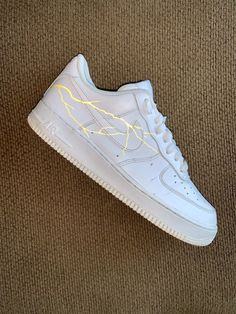 Yellow reflective lightning by phick. Nike Air Shoes, Sneakers Nike, Lil Uzi Vert Style, Yellow Shoes, Black Shoes, Custom Af1, Nike Airforce 1, Red Bandana, Shoe Art