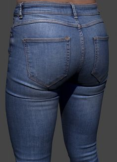 Jeans Cleaned scan with 8k color texture. 6 000 000 polygons. 8k color texture. Zbrush 4R7 P3 scene.  Available for purchase - https://gumroad.com/l/ipdL