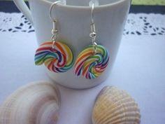 Boucles d'oreilles percées métal argenté et perles spirales fimo. : Boucles d'oreille par laboiteabijouxnanny